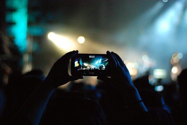 telefon-tavsiyeleri-onerileri-sosyal-medya
